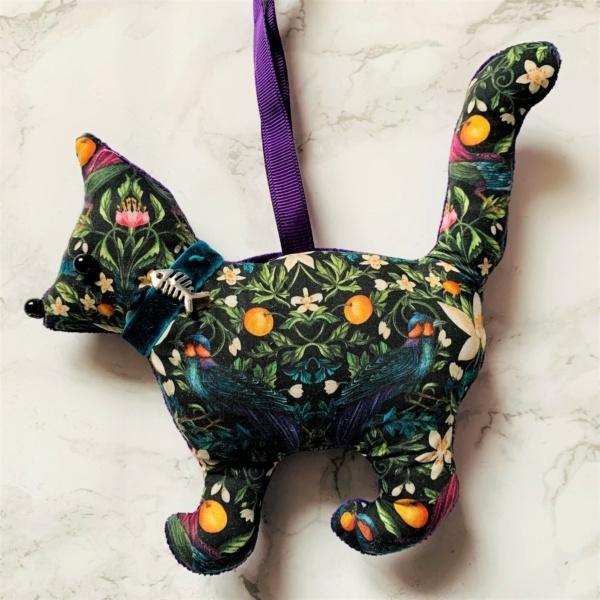 animal hanging decoration cat liberty print forbidden fruit