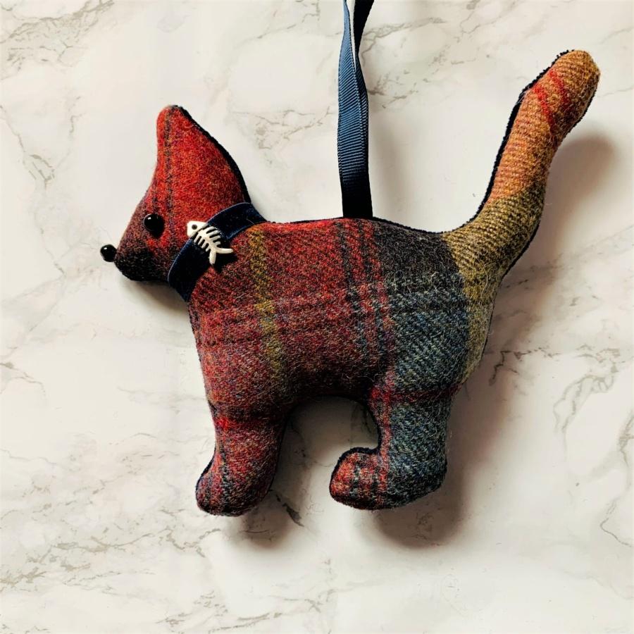 animal hanging decoration cat russet brown blue