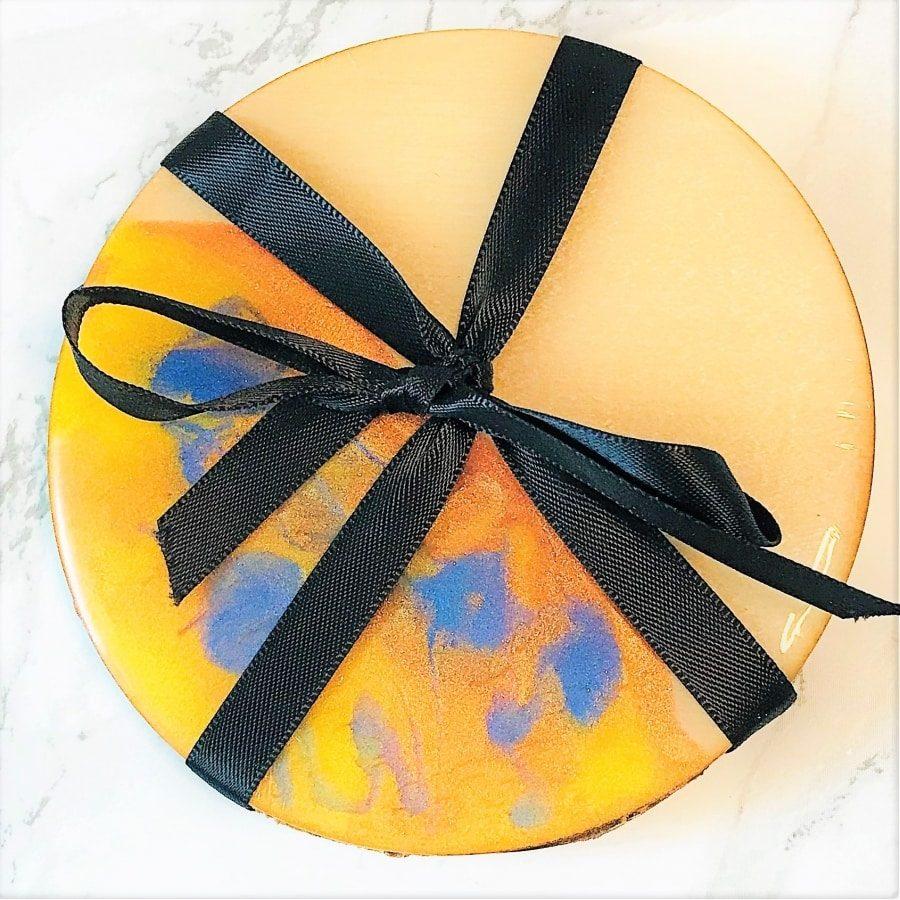 Planet coaster gift set - blue yellow ribbon tied